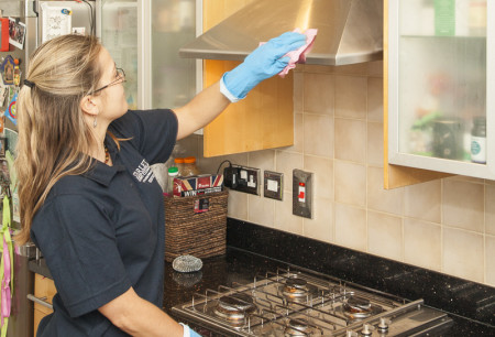 Tips For Spring Cleaning A Kitchen